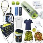 Sprzęt tenisowy.